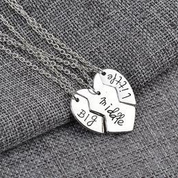 $enCountryForm.capitalKeyWord Australia - 3pcs set Carving Best friend bitch Big Middle Little broken heart pendants necklace for women men punk jewelry Christmas gift