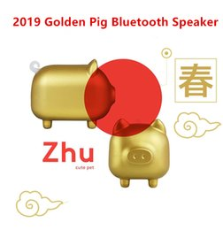 cute phone speaker UK - Spring Festival Special Edition Cute Piggy Golden Bluetooth Speaker Chinese style Zodiac pig Mini Wireless Music Player