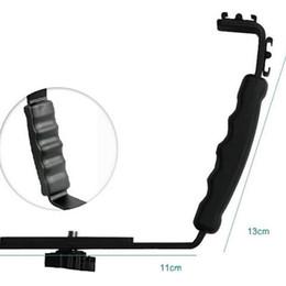 $enCountryForm.capitalKeyWord Australia - Black L-shaped flash bracket holder video handle handheld stabilizer grip for DSLR SLR camera phone DV camcorder LF01-054