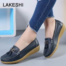 $enCountryForm.capitalKeyWord NZ - Casual Women Flats Shoes Women Leather Boat Shoes 10 Colors Fashion Fringe Female Round Toe Loafers Plus Size 35-44
