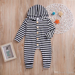 $enCountryForm.capitalKeyWord UK - Spring Fall INS Toddler Baby Boys Hoodies Rompers Black White Stripes Jumpsuits Long Sleeve Front Wood Button Newborn Onesies for 0-2T