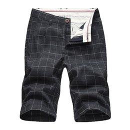 Venta al por mayor de 2019 hombres pantalones nuevos pantalones cortos de verano de ocio simple moda boxeador celosía cremallera pantalones cortos venta caliente