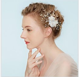 Bridesmaids Hair Australia - Bride Headdress Pearl Hair Band Hoop European and American Bridesmaids Wedding White Yarn Flower Jewelry