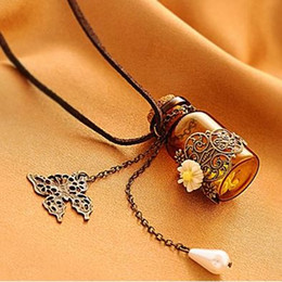 """Rhinestone Glasses Chain Australia - Glass bottle Aromatherapy Essential Oil Diffuser Necklace Locket Pendant Jewelry with 24"""" Chain and 3 -P"""