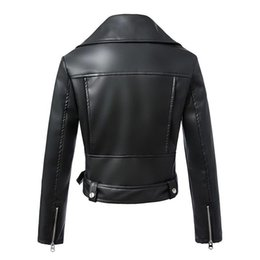 women leather patch jackets UK - DEAT 2020 Autumn Winter Turn Down Collar Zipper Slim Cropped Faux Leather Coat Women Jacket MG034