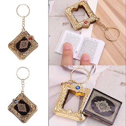 $enCountryForm.capitalKeyWord UK - Muslim Resin Key Chain Islamic Mini Ark Quran Book Real Paper Can Read Pendant Key Ring Gold Crystal Book Chain New Style