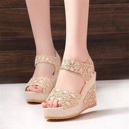 $enCountryForm.capitalKeyWord Australia - 2019 Summer Lace Women Sandals Female Thick Female Sandals High Heels Casual Waterproof Platform Wedge Women's Shoes 01-02