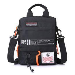 3e56b11cf193 Мужская сумка сумка мужской водонепроницаемый нейлоновый камуфляж сумка  через плечо Crossbody сумки сумка мини портфель ZF9911