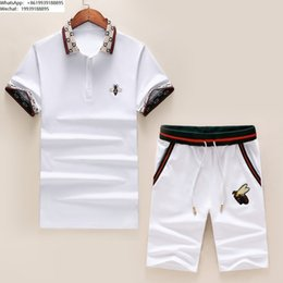 $enCountryForm.capitalKeyWord Australia - Men's T-shirt shorts suit men tracksuit new listing trend comfortable high quality Delicate bee embroidery