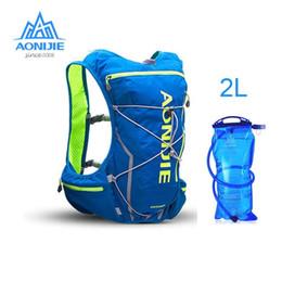 $enCountryForm.capitalKeyWord Australia - AONIJIE 10L Men Women Nylon Outdoor Bag Hiking Running Backpack Vest Professional Marathon Cycling Climbing Backpack Sport Bags