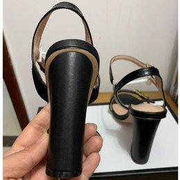 Опт Европа и соединенные штаты новые пластиковые цепи пляжная обувь конфеты цвет желе сандалии цепи с плоским дном сандалии35-42