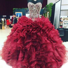 Shaped Coral Beads Australia - Quinceanera Dresses Hot red net Feifei skirt tail strap heavy manual luminous heart shaped collar customizable cheap postage