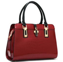 China Free shipping luxury totes brands women Bags 2018 Ladies handbags designer bags women handbag Chain bag Single shoulder backpacks. suppliers