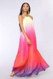 Venta al por mayor de Nueva moda de primavera y verano vestidos de Europa y los Estados Unidos venta caliente ropa de mujer vestido de playa halter faldas de gasa cuello colgando