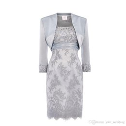 $enCountryForm.capitalKeyWord UK - Silver Lace Mother Of The Bride Dresses Scoop Sequins Beaded Satin Knee Length Mother Bride Dresses With Jacket Short Dresses