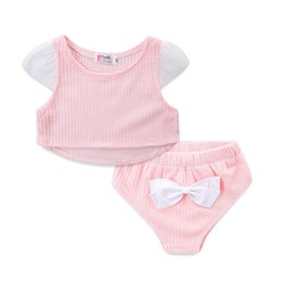 $enCountryForm.capitalKeyWord Australia - INS Infant Toddler Girls Suits Fly Ruffles Sleeve Round Collar Tees + Bow Bloomers 2pieces Suits Stylish Children Girls Clothing Set