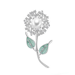 $enCountryForm.capitalKeyWord UK - Fashion Trend Copper Brooch Cute Dandelion Green Leaf Flower Copper Zircon Brooch Backpack Dress Jewelry High Quality