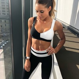 Fashion athletic wears online shopping - Women Yoga Suit Black White Color Collision Ventilation Fitness Wear Hip Lifting Skinny Simple Fashion Athletic Wears pfD1