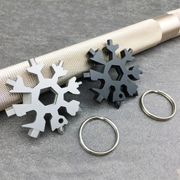 Wrenches Tool Key Chains Australia - Multi Function Key Chain Ring EDC Outdoors Tools Card Stainless Steel Snowflake Combination Wrench Colors Mix Portable Flexible 9apf1