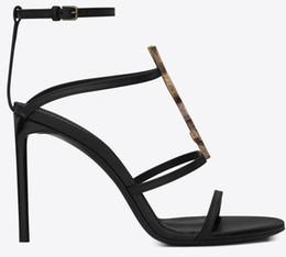 7fa963942f2 Moda Zapatos de boda de lujo Pisos / zapatos de tacón YSL Mujer Diseñador  Sandalias Mujeres Bombas New Gold Ladies Party Shoes En stock 10cm