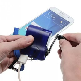 Hand Powered Dynamo Australia - Universal Portable Emergency Hand Power Dynamo Hand Crank USB Charging Charger for All Brand Mobile Phones c0100