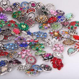 $enCountryForm.capitalKeyWord NZ - Random 50pcs lot Watches Women Charm Bracelet&bangle Metal 18mm Snap Button Jewelry Lots Of Crystal Button J190719