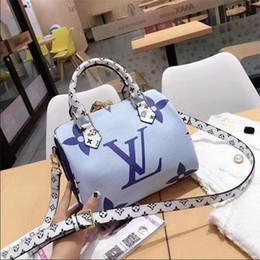 $enCountryForm.capitalKeyWord Australia - 2019 New Women's Fashion bags Totes Bag Handbag Womans Handbags Canvas Totes Purse Large Shopping Bag With Free Shipping wallets purse M003