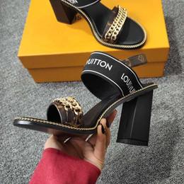 Nueva marca de verano francés zapatos de mujer cadena de cuero sandalias romanas de tacón alto de las mujeres calzados informales envío libre 35-41 tamaño en venta