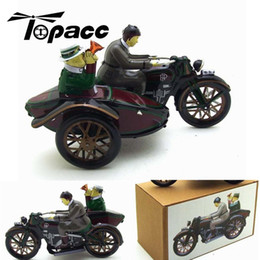 vintage clockwork toys Canada - Riding a Car Tin Motorcycle Toys Vintage Wind Up Riding Children Clockwork Tin Toy With Box Fun Collectible Home Decoration SH190913