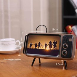 plastic phone holders Australia - Bluetooth Speaker 3 In 1 Retro TV Mini Portable Wireless Bluetooth Bass Speaker Mobile Phone Holder Speaker Retro Photo Frame