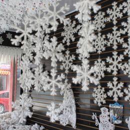 $enCountryForm.capitalKeyWord Australia - 30 pcs lot Happy new year White Plastic Snowflake Hanging Ornament For Christmas Tree Home Window XMAS Festival Party Decoration