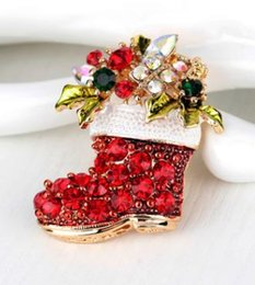 wholesale rhinestone brooches Australia - Christmas boots brooch brooch women's alloy rhinestones pearl boots sweater pin Europe and the United States hot new