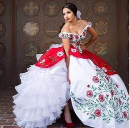 White Coral Beads Australia - 2019 New White And Red Vintage Quinceanera Dresses With Embroidery Beads Sweet 16 Prom Pageant Debutant Dress Party Gown