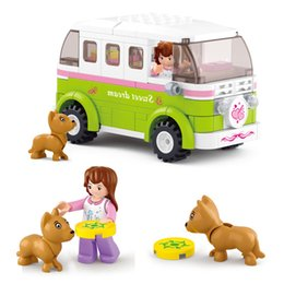 Dog Block Australia - [TOP] 158pcs set Friends Station Wagon Dream Outing Travel Car Puppies Building Blocks Car+Figure+Dog model sets kids gift toy