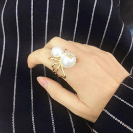 East Ladies Clothes Australia - Fashion Women Pearl Letter Spider Shape Brooch Shiny Ring Gold Ladies Pins Clothing Accessories Luxury Gifts