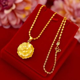 thailand necklaces Australia - Vintage fashion women's large flower necklace Thailand gold female does not fade the clavicle gold flower accessories