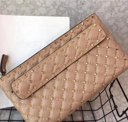 Discount newest cell phones - Hot fashion Newest arrived woman clutch bag designer genuine leather lady handbag bag with rivet woman clutch bag