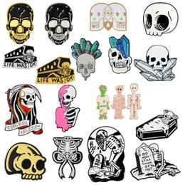 Feliz Dia das Bruxas ! Partido Presente Do Punk Gótico Escuro Esqueleto Crânio Coleção Caixão Zumbi Múmia Costela Esmalte Broches Pinos