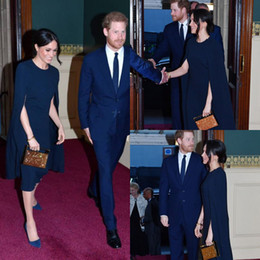 Chinese  New Meghan Markle Cape Prom Dresses Navy Blue Jewel Neck Knee Length Short Dresses Evening Wear Cheap Uk Modest Prom Dress Outfit 2018 manufacturers