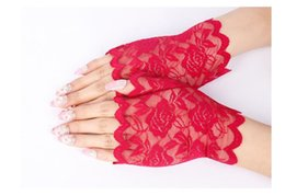 fingerless golf gloves Australia - Sheer Floral Lace Fingerless Gloves Women Black Rose Gloves Summer Driving Anti UV Thin Lace Solid Outdoor Sun-Blocking Mittens