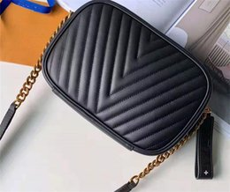 $enCountryForm.capitalKeyWord Australia - High Quality Luxury V Shape Chain shoulder bag Designer leather casual Handbags Women classic clutch small square bags Messenger purse
