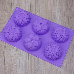 Diy Soap Mould Australia - 6 Flower Shaped Cake Baking Moulds DIY Handwork Pure Color Silicome 3 Sets Of Flowers Round Soap Molds 4 4syE1