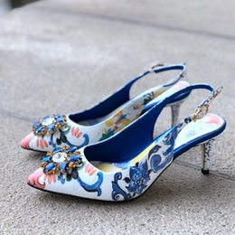 $enCountryForm.capitalKeyWord Australia - Hot Selling Women High Heels Sexy Luxury Pumps Wedding Dress Shoes Style Split Leather Stiletto Shoes