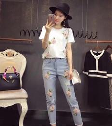 $enCountryForm.capitalKeyWord Australia - Summer two piece set Stylish Embroidery 3D Flower Short Sleeved Tshirt+Heavy Work Jean Suits Rippered Hole Denim Pants Suit