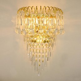 $enCountryForm.capitalKeyWord UK - Classic crystal chandelier wall light gold crystalline wall sconce lamp LED foyer living room bedside glass crystal wall lamp