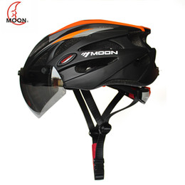 Magnetic bicycle online shopping - 2019 MOON Integrally molded Cycling Helmet for Racing Ultralight Bicycle Helmet Men and Women Bike with magnetic glasses