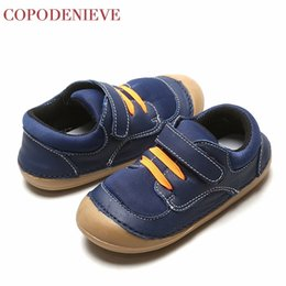 leather baby boy shoes Canada - COPODENIEVE Hotsale leather lace up baby shoes Infant Toddler soft soled girls boys moccasins casual First Walkers shoes Spring CY200512