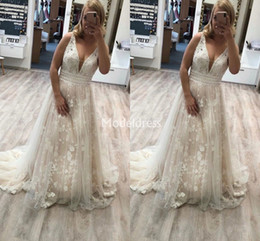 country style dresses for weddings UK - New Arrival Lace Wedding Dresses For Bride Deep V-Neck Appliques Sweep Train Country Style Vestidoe De Noiva Elegant Chapel Bridal Gowns