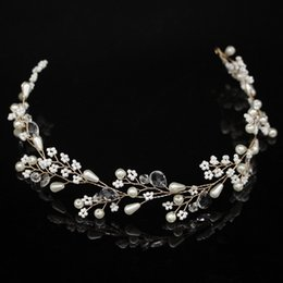 $enCountryForm.capitalKeyWord Australia - Cheap Jewelry New Fashion Pearl Flower Vine Tiara Bride Head Chain Bridal Headbands Hair Ornaments Wedding Hair Accessories