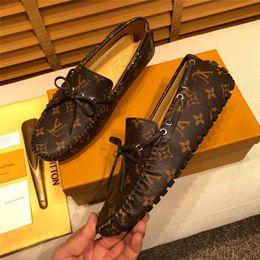 Wholesale fashion designed dresses for sale – plus size 19ss Men Casual Shoes Men Fashion slip on Loafers Moccasin Design outdoor Brands Men tassel Leather Shoes Lazy Driving Shoes